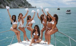 Bachelorette party yachts cancun luxury charters 2