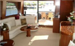 82′ Horizon Luxury Yacht Seattle Yacht Charters Daily2 Salon Aft