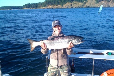 Pacific northwest sport fishing guide top yacht fishing spots for Pacific northwest fish