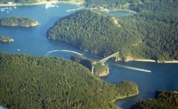 800px-Deception_Pass_Bridge_03-600×450